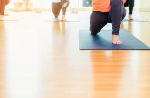 podlaha ve fitnesscentru